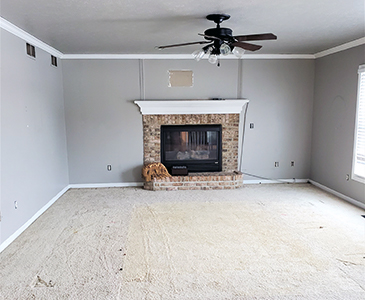 Simply Restyled Interiors Living room Staging