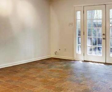 Lilac Life Livingroom Before